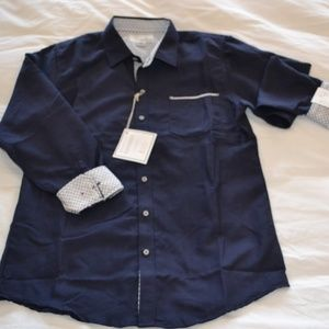 Craft + Flow Long Sleeve Button Down Shirt